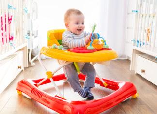 czy chodzik dla niemowlaka to dobry pomysł?